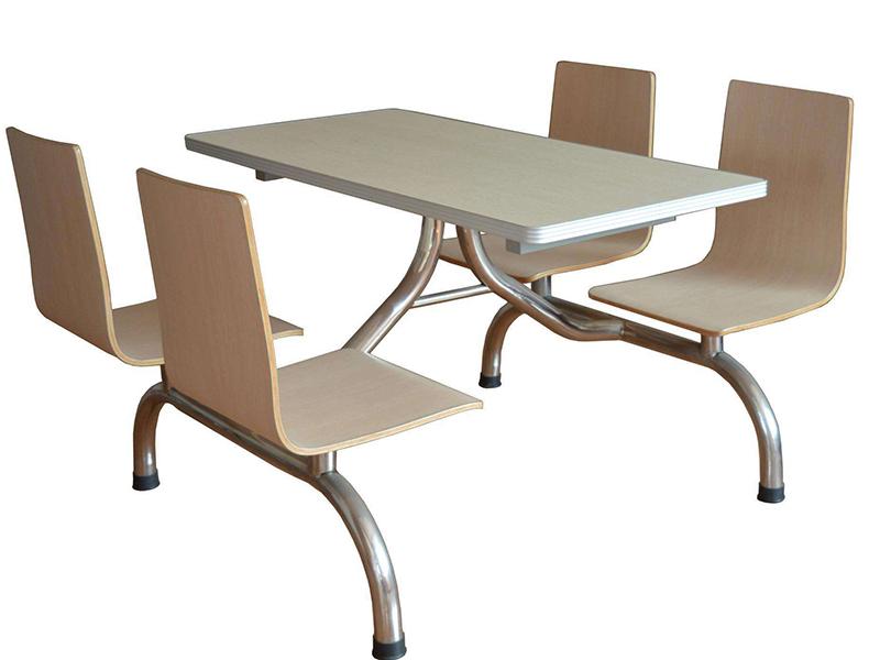 四人位木板餐桌